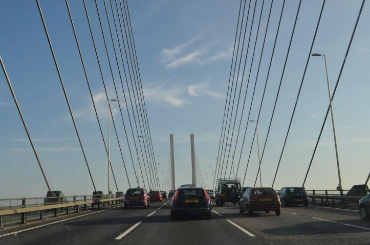 Stau auf der Queen Elisabeth II Bridge