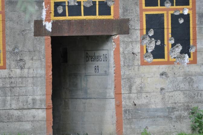 Sonne, Bunker und Kinderlachen